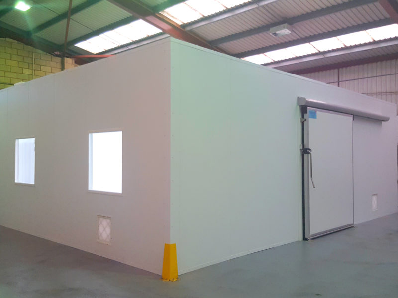 Outside view of cleanroom suite for injection mouldings