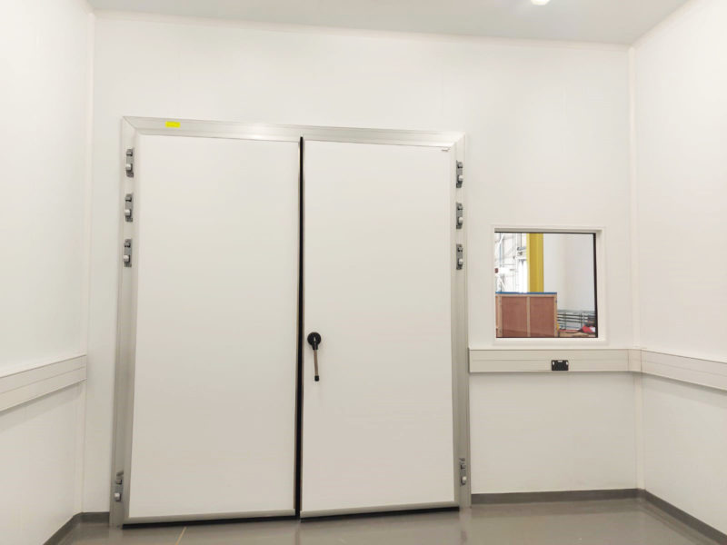 Insulated Hinged Chill Door